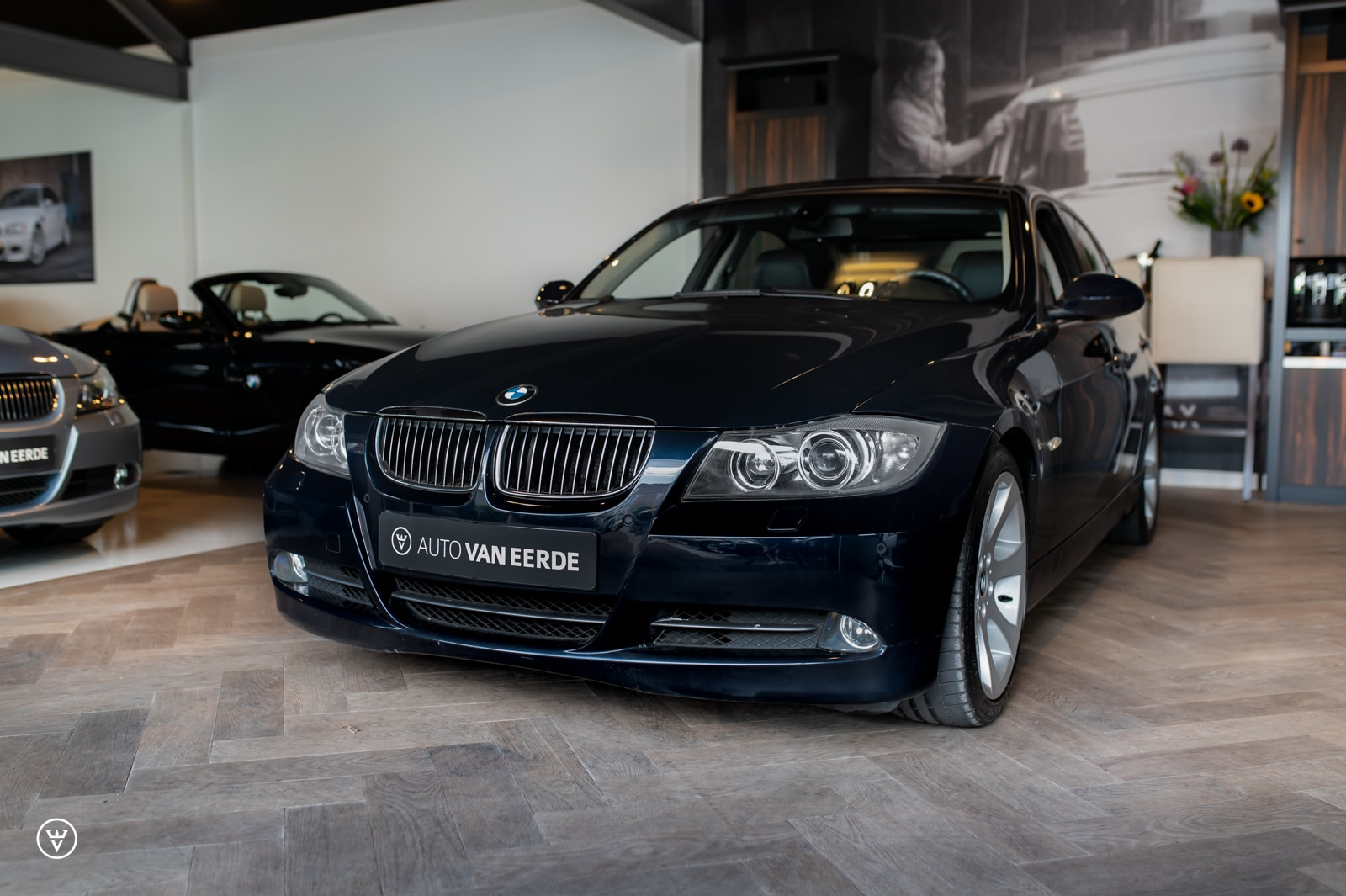 BMW 330i wallpaper